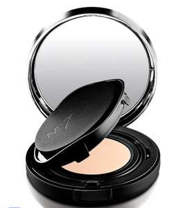 Boots No7 Compact Foundation NOW £5 each. Plus 3 for 2 = £10 for 3!!! inc Free Click & Collect