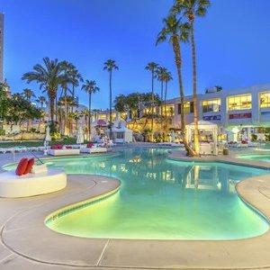 6nts at the Tropicana - DoubleTree by Hilton (Las Vegas) £463pp (£925.53) No Resort Fees / Departing LHR / Nov ) @ Virgin Atlantic