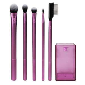 22% off Real Techniques brushes and sponges with voucher code @ Beauty expert