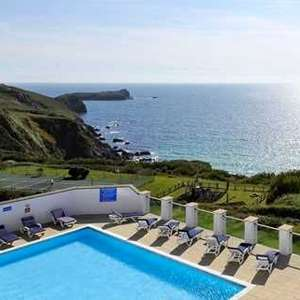 Clifftop Cornwall getaway (Polurrian Bay Hotel) includes Breakfast & £70 credit towards dinner only £99 per couple @ Travelzoo