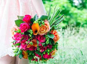 £12 off Bouquets over £35 with voucher Code @ Appleyards