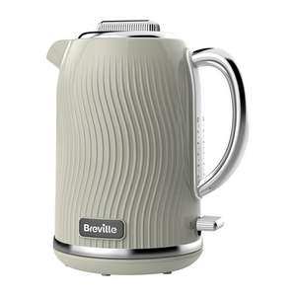Breville Flow Jug Kettle Cream £13 instore @ Sainsbury's (Cheadlehulme)