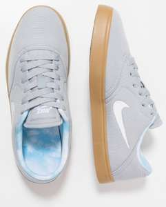 Youth Nike SB Check print prm trainers £10 @ Nike Outlet Castleford