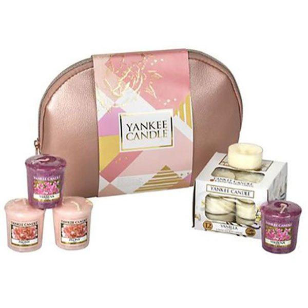 Yankee Candle Cosmetic Bag Gift Set - Bag / 12 Tea Lights / 4 Votives £10 Or £9.50 For New Customers Using Code @ Yankee Bundles