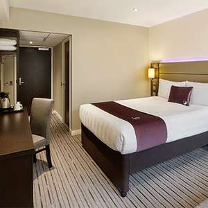3 Night Weekend Fri 7th Aug 2020 for 2 Adults and 2 Kids £111 @ Premier Inn Portsmouth Dockyard