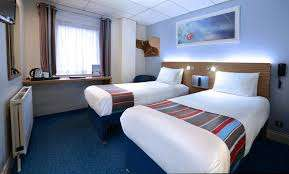 December Stays from £17 (Using code) @ Travelodge (e.g Newquay / Manchester / Reading / Chippenham all £17)