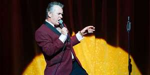 'The Entertainer' staring Shane Richie. Manchester Opera House £14 @ TravelZoo