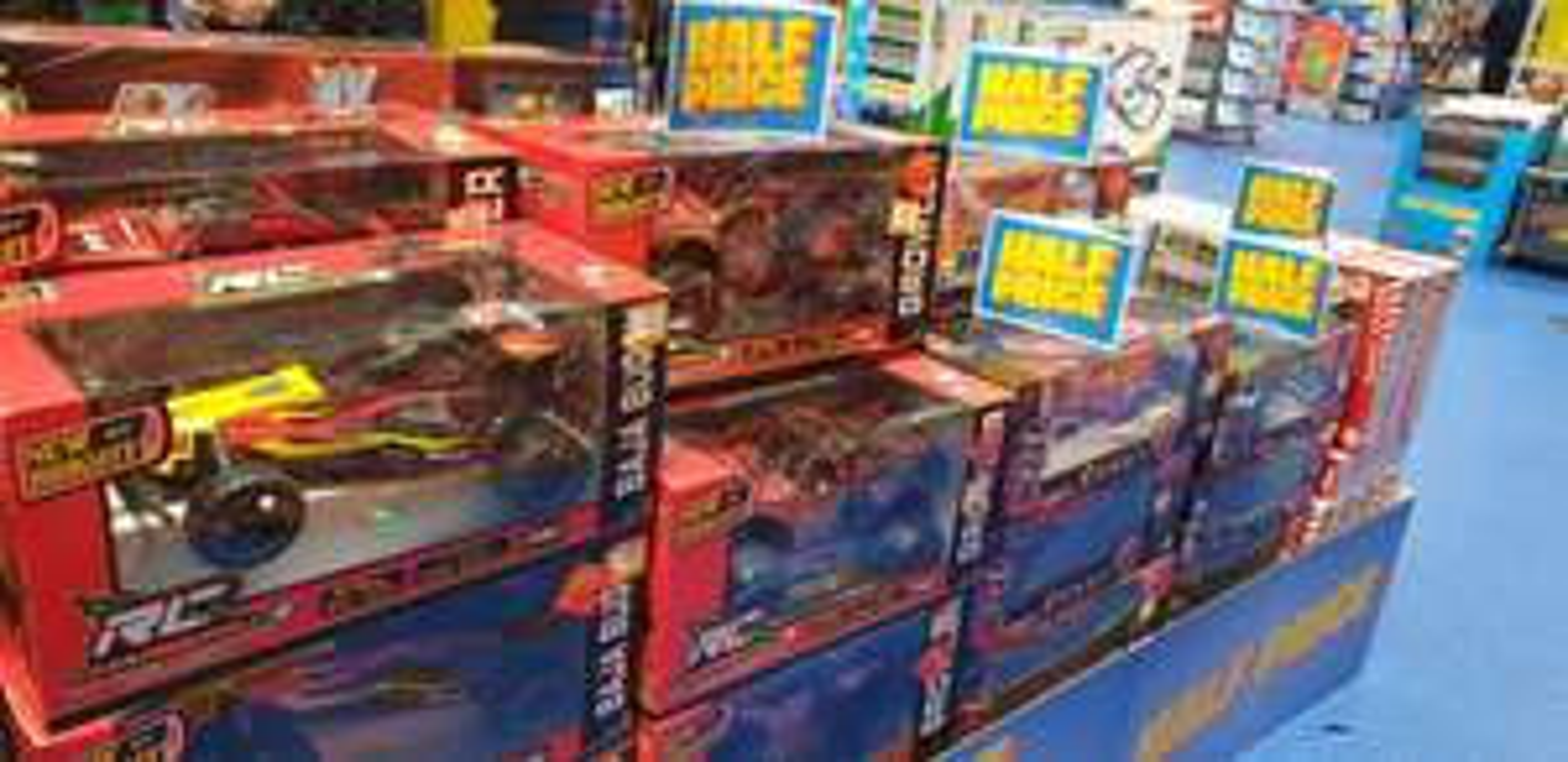 Half Price Toys - Smyths Meadowhall Retail Park Sheffield