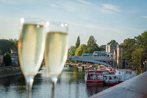 Floodlit Evening York River Cruise with Prosecco for Two (York - North Yorkshire) £9 at BuyAGift