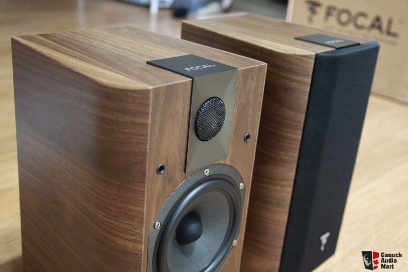 Focal Chorus 706 Black 2-Way Bass Reflex Bookshelf Speaker (Pair) Black & Walnut - £299.50 @ Audio Visual Online