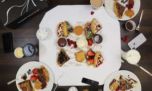 Little Dessert Shop - Sharing Platter with Dipping Chocolate for Two £10.20 / for Four £19.55 using code @ Groupon (Various locations)