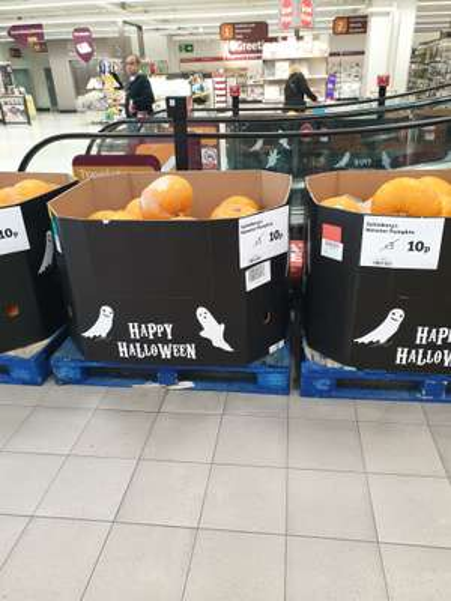 Pumpkins, 10p each at Sainsbury's Wandsworth, Fulham
