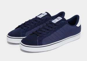Adidas originals (rod laver) trainers £20 + £1 click & Collect at JD sport - Mens Size 6 and 7
