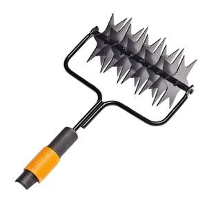 Fiskars QuikFit Spiker, Tool Head, Steel - £6.84 (Prime) / £11.33 (NonPrime) delivered @ Amazon (or Fiskars Rake 16 Prongs £4.89 addon)