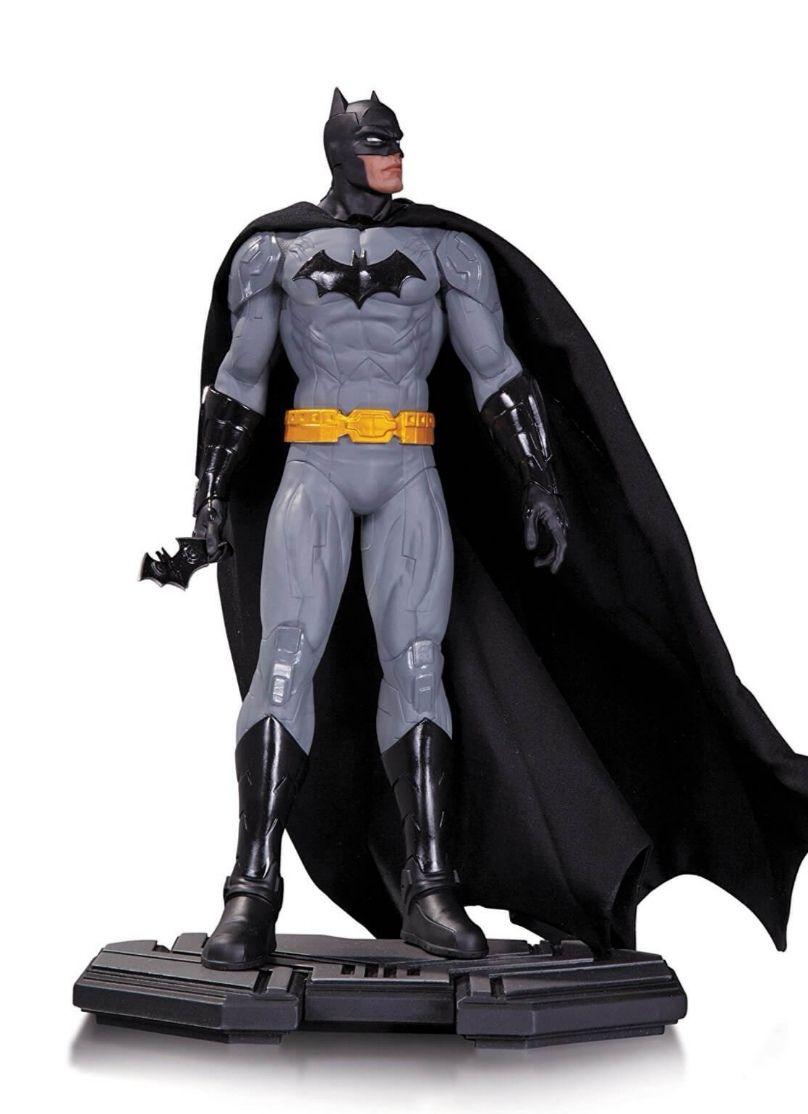 DC Collectibles Comics Icons 1:6 Scale Icons Batman Statue 26cm £19.99 at Zavvi