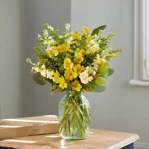 Send The Annie letterbox flowers for only £12.00 delivered at Bloom & Wild. New customers only.