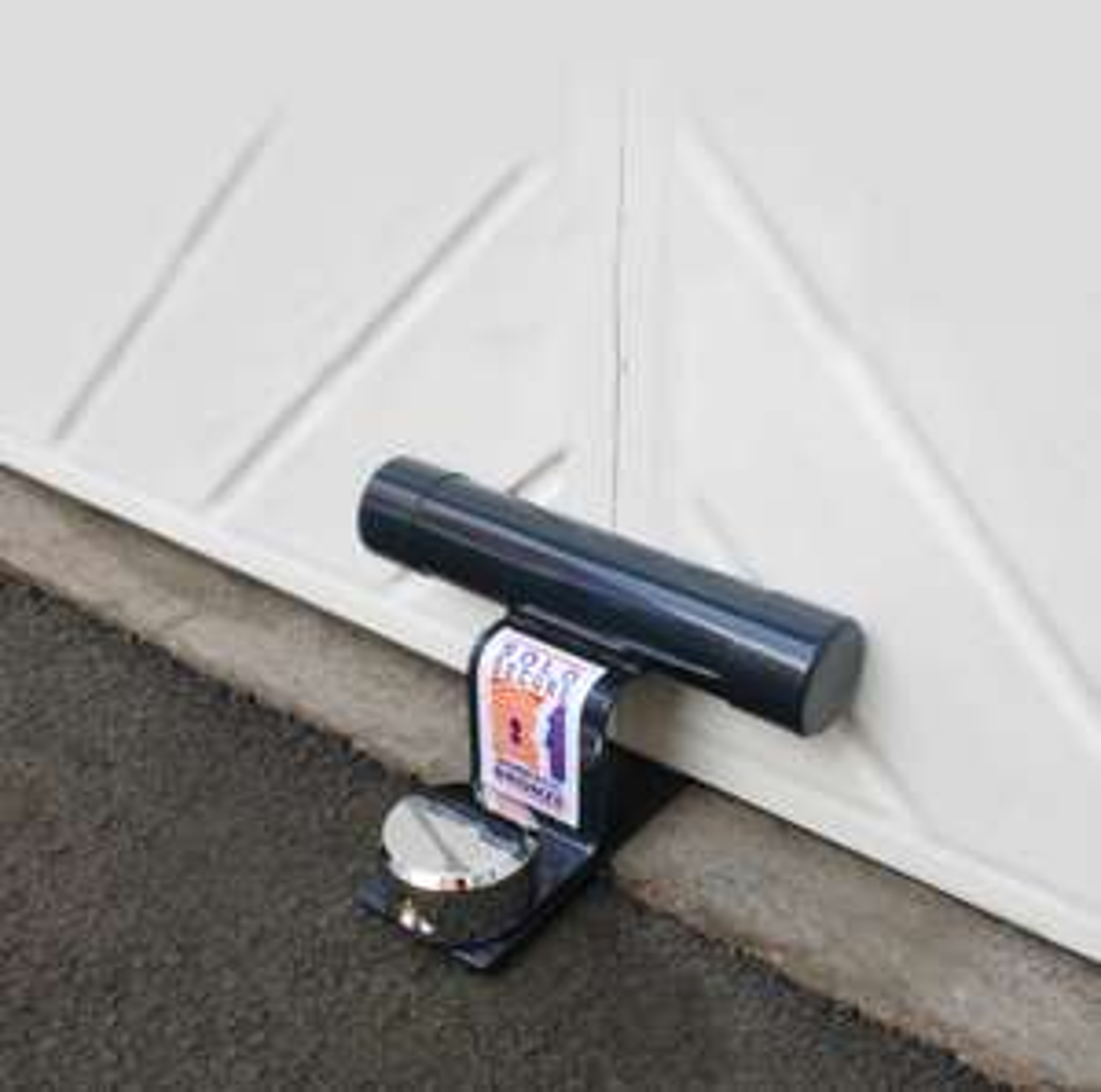 Squire GA4 High Security Garage Door Defender for £10 @ Halfords (Free Collection)