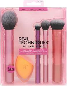Real Techniques Everyday Essentials Makeup Brush Complete Face Set at Amazon for £13.08 Prime (+£3.49 non Prime)