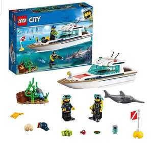 LEGO City Great Vehicles Diving Yacht Boat (60221) - £13.08 @ Amazon Prime (+£4.49 non-Prime for Postage)