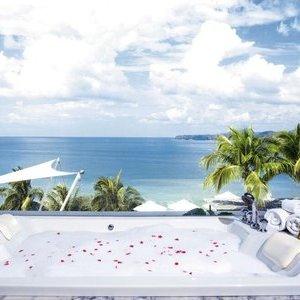 Luxury 4* holiday in Phuket, Thailand for 2 - £1335 @ Holiday Hypermarket