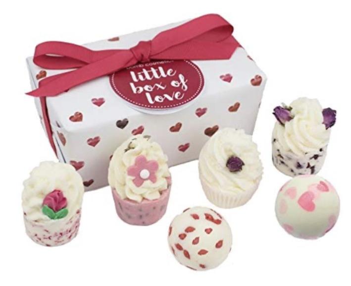 Bomb Cosmetics Little Box of Love Handmade Bath Melts Ballotin Gift Pack [Contains 6-Pieces] 240 g £7.19 (Prime) £11.68 (Non Prime) @ Amazon