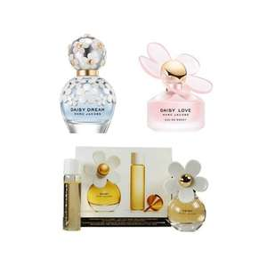 Marc Jacobs Daisy bundle for £107.20 - 2 50ml Fragrances and 20ml purse spray @ The Fragrance Shop