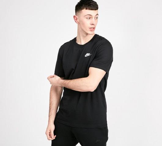 Nike Club T-Shirt Black / White - £9.99 Free Click & Collect @ Footaslyum