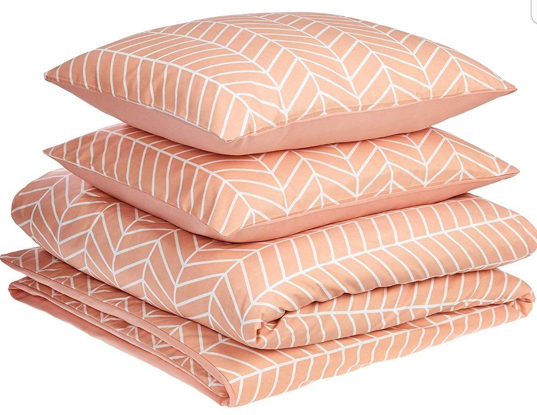 AmazonBasics Premium Microfibre Duvet Cover Set from £4.32 (Double) Plus Other Sizes/Colours Addon item at Amazon