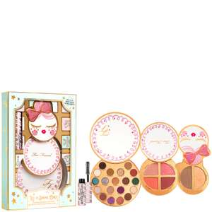 Too Faced Let It Snow Girl! Makeup Collection @ Look fantastic