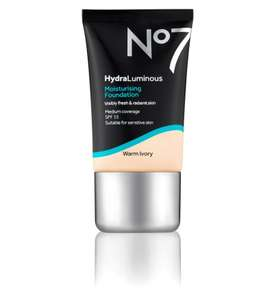 2 x No 7 hydra luminous foundation for £15 (normally £15 each and free festive treats worth £36) at Boots Shop