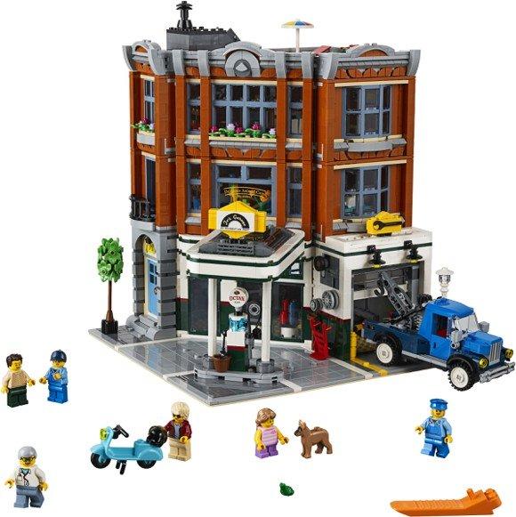 Lego creator corner garage 10264 £139.99 @ Coolshop