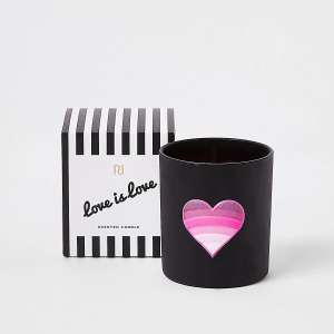 River island home sale e.g. Heart oud wood, amber vanilla & musk candle - £2 + £1 Click and Collect / £3.99 delivery