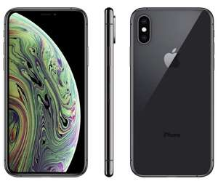 Apple iPhone XS (64GB) - Space Grey £699 @ Amazon