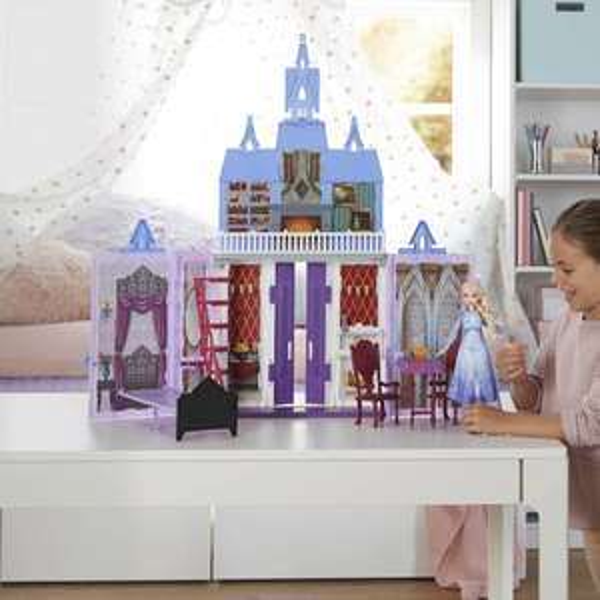 Frozen 2 Fold and Go Arendelle Castle playset £29.99 @ Amazon