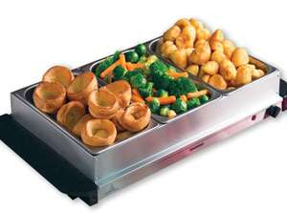 Daewoo Mains Powered Large Buffet Server Food Warmer £21.24 @ Robert Dyas