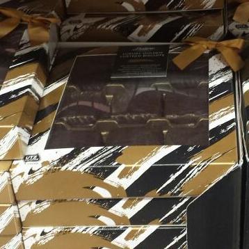Deluxe golden lustred biscuits 130g half price @ Lidl £1.49