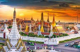 Return Singapore Airlines flight from Manchester to Bangkok £378 or direct return flight from LHR to Singapore £429@ Skyscanner / TravelPack