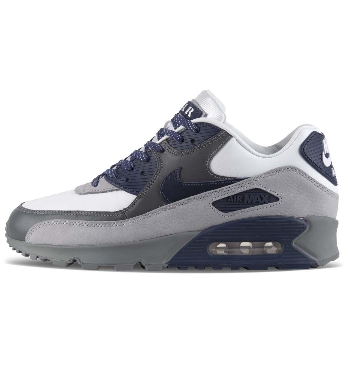 30% discount on the Nike Air Max 90 'Lahar Escape' £83.29 @ 5 Pointz