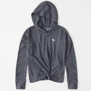 Girls waffle twist hoodie in 4 colours (was £22) Now £11.20 with code + free click & collect @ Abercrombie & Fitch