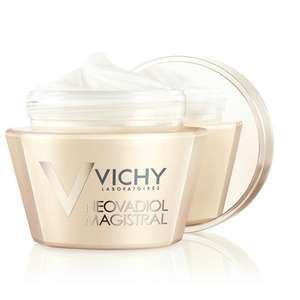 Vichy Neovadiol Anti-Ageing Magistral Face Cream 50ml at Lloyds Pharmacy for £4.50 (using code)