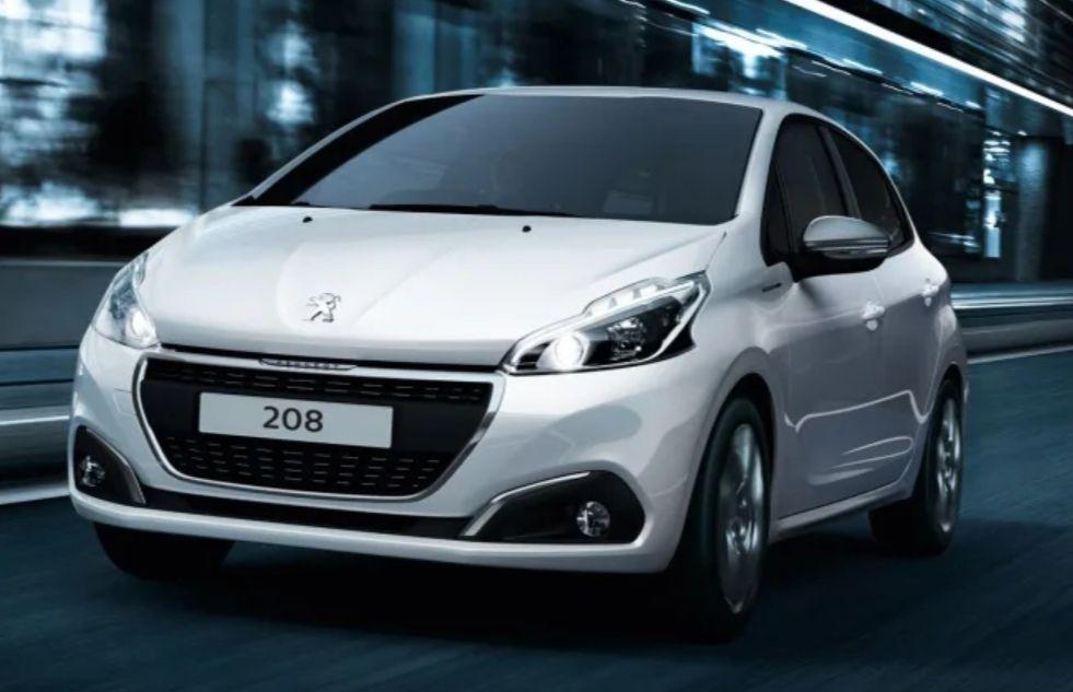 Pre-Reg Peugeot 208 1.2 Puretech 82 Signature 5 door £9999 @ Eden