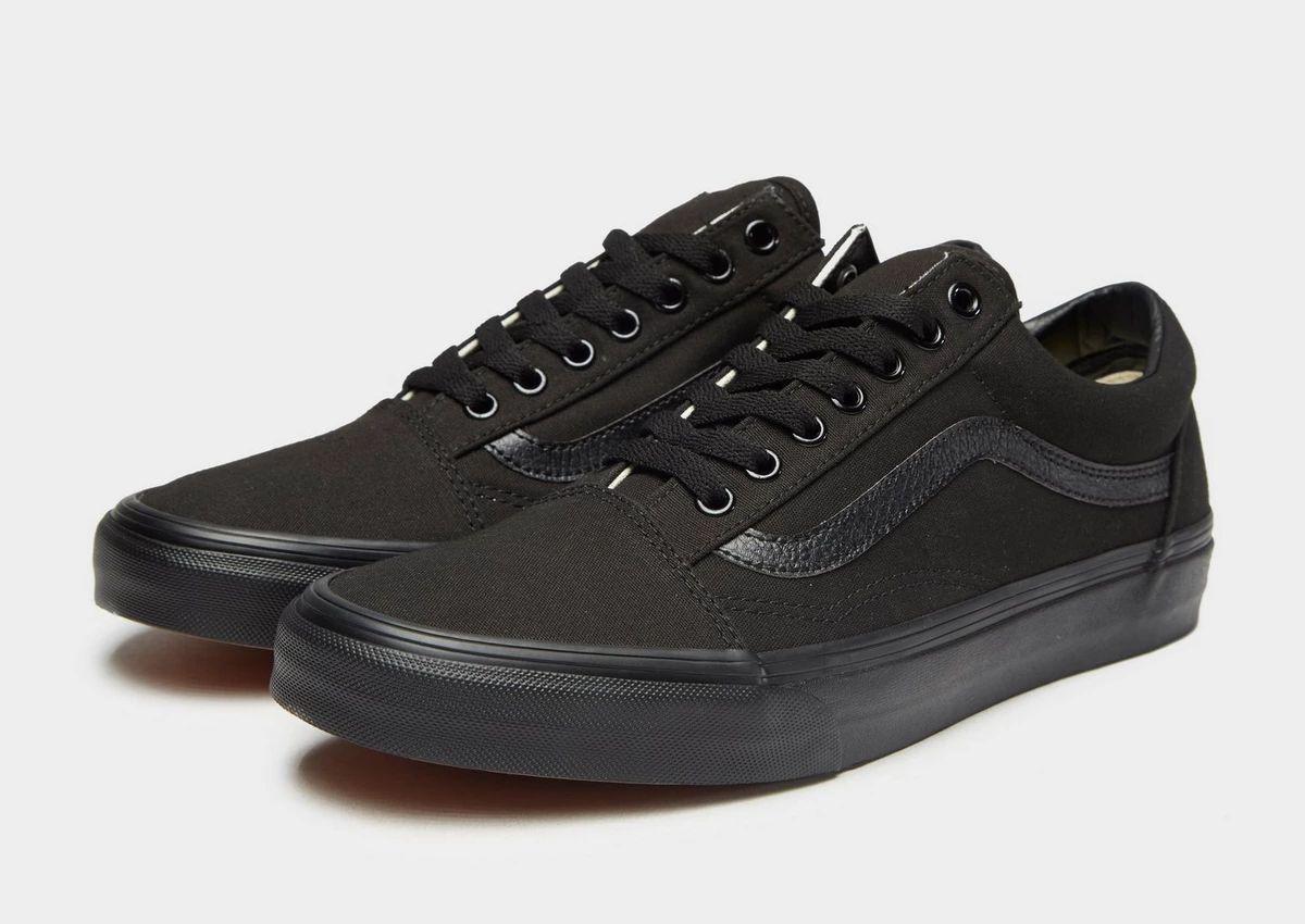 Vans Old Skool Men Shoes in black £24.99 delivered at Foot Locker