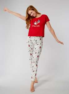 """""""Snow cute"""" penguin pyjama gift set - £8 using code for extra 20% off sale + £1.95 Click and Collect @ Boux Avenue"""