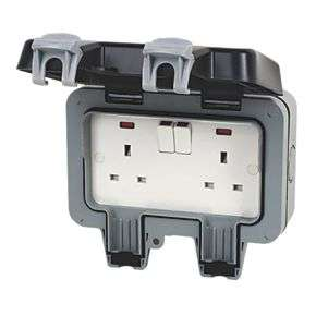 British General 13A 2G DP Outdoor Switched Socket - £10.99 @ Screwfix (Free Collection)