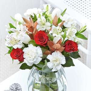 12% off Bouquets over £24 with Voucher Code @ Flying Flowers