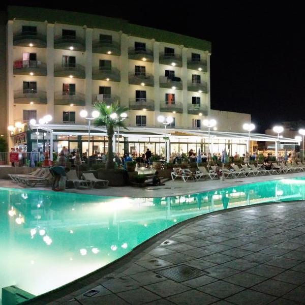 7 Nights in Malta 3*Hotel+Spa Inc Flights+free shuttle service £89.50pp via Holiday Pirates