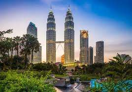 Direct Malaysia Airlines flight to Kuala Lumpur £380 (Departing LHR/ May & Nov departures/ Inc' 20kg checked baggage) @ Skyscanner/Travel Up
