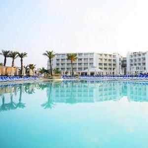 7 Nights All Inclusive Jan 2020 (4 Star) DB Seabank Resort & Spa - Malta - Fly from Bristol £524.96 For 2 @ LoveHolidays