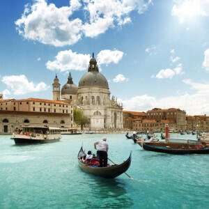 Super cheap flights to Venice from Bristol only £10 return - Jan/Feb dates @ Holiday Pirates