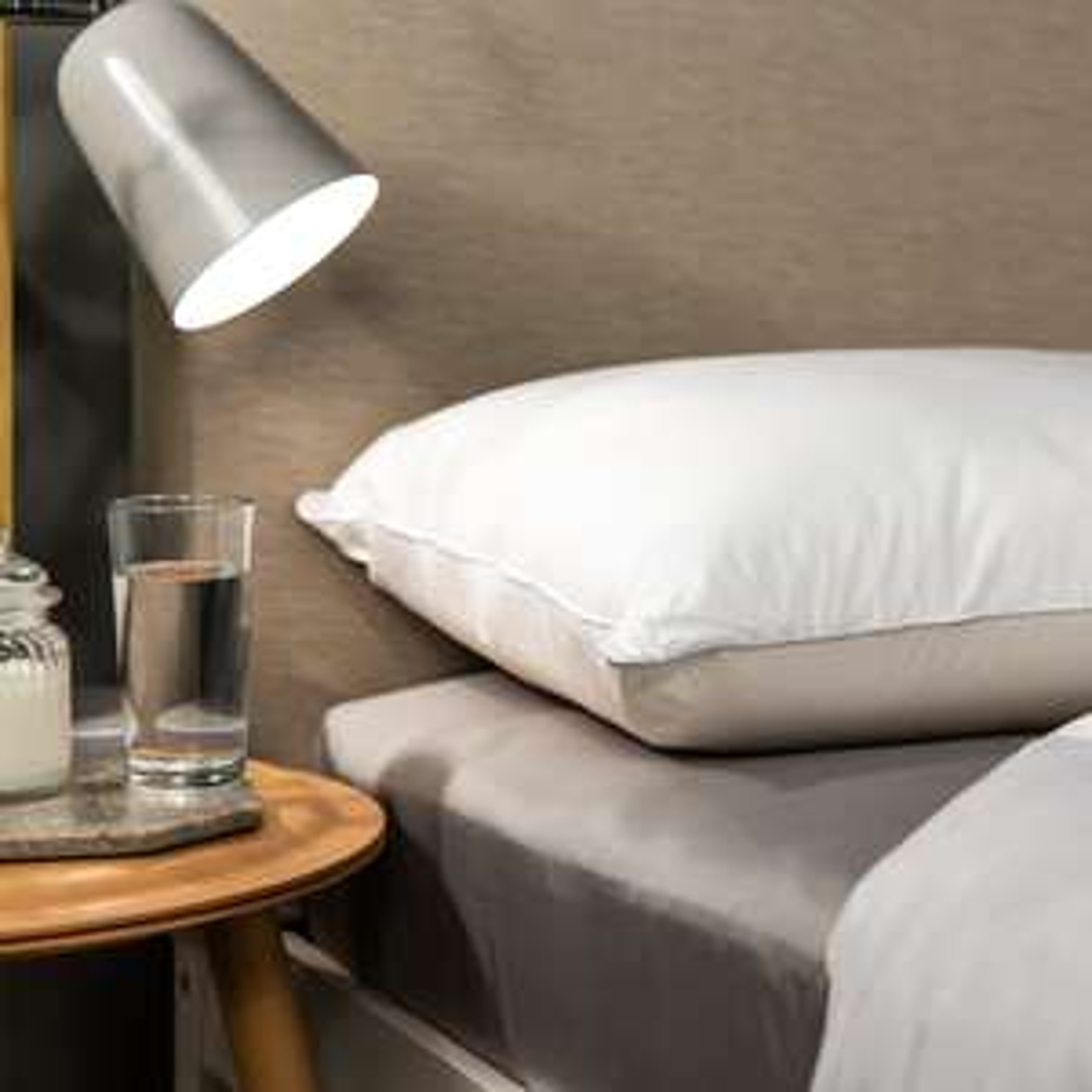 Snuggledown Clean & Protect Pillow BOGOF for £12.29 delivered @ Sleepseeker